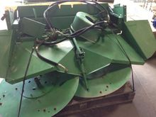 John Deere STRAW SPREADER 63122