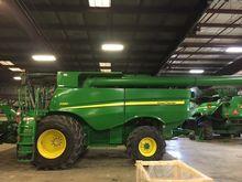 2014 John Deere S680 66641