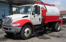2008 INTERNATIONAL 4300 SEPTIC