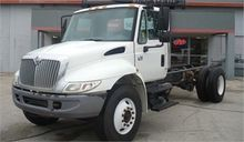 2007 INTERNATIONAL 4300 CAB AND