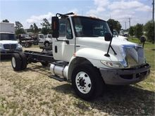 2010 INTERNATIONAL 4300 CAB AND