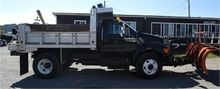 2005 FORD F750 XLT SNOW PLOW TR