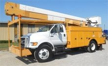 2008 FORD F750 BUCKET BOOM TRUC