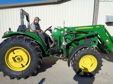2010 John Deere 6430