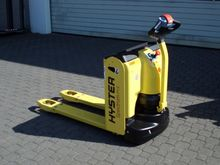 Used 2012 Hyster P1.