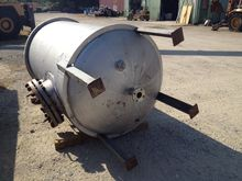 used 600 Gallon Stainless Steel