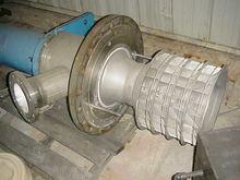 Mechanical foam separator/break