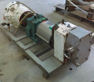 APV Rotary lobe pump (no namepl