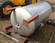 300 Gallon, Stainless steel Pre