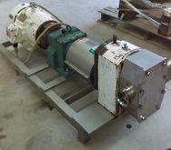 APV Rotary lobe pump (no namepl