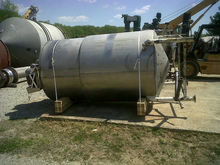 used approx. 1000 gallon stainl