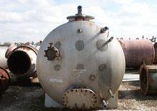 2000 gallon horizontal Stainles