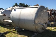 used 2500 Gallon Stainless stee