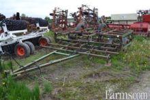 John Deere 940 Cultivator