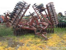 International Harvester 490 26'