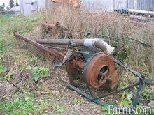 HUSKY manure pump