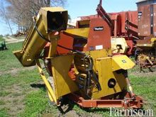 Peerless roller mill