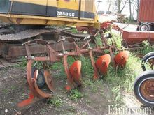 Kverneland 4F plow