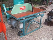 Goetschmann electric buzz saw w
