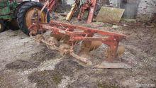 Cockshutt 3pth 4F plow