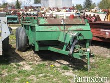 JD 450 manure spreader double b