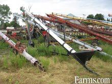Market hyd transfer auger, plas