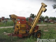 Peerless roller mill with cob c