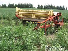 Used Holland 488 hay