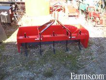 Pro Farm 5' box scraper, new