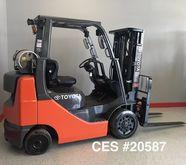 Toyota 8FGCU25 Propane Forklift