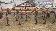 1985 Huard Stubble cultivator