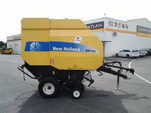 2005 New Holland BR750 Round ba