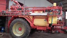 2008 Beyne GLK Trailed sprayer