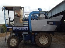 1990 Braud 2720 Grape harvestin