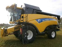 2011 New Holland CX 8070 2RM HD