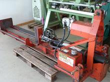 KMB wood splitter