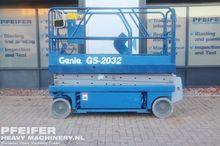 Used 1999 GENIE GS20
