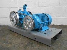 Used Vacuum pump - M