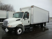 2008 International 4300 Low Pro