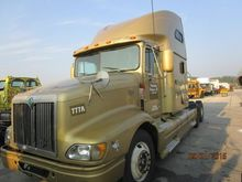 2000 INTERNATIONAL 9200 G15H460