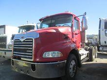 Used 2005 MACK CXN61