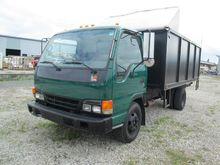Used 2004 ISUZU NPR