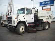 Used 1995 FORD LN700