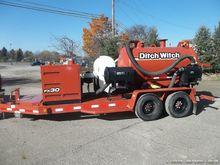 2013 Ditch Witch FX30 - 800 gal