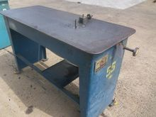 LUBOW ML 6 SINGLE STOP TABLE BE