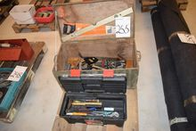 Toolbox with content + Wooden b