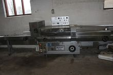 Packing Machine, Flow packages,