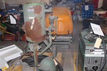 Sandblaster system with hose su