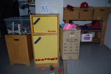 Children Kitchen, boxes m. Toys