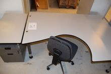 Desk with side table / drawers,